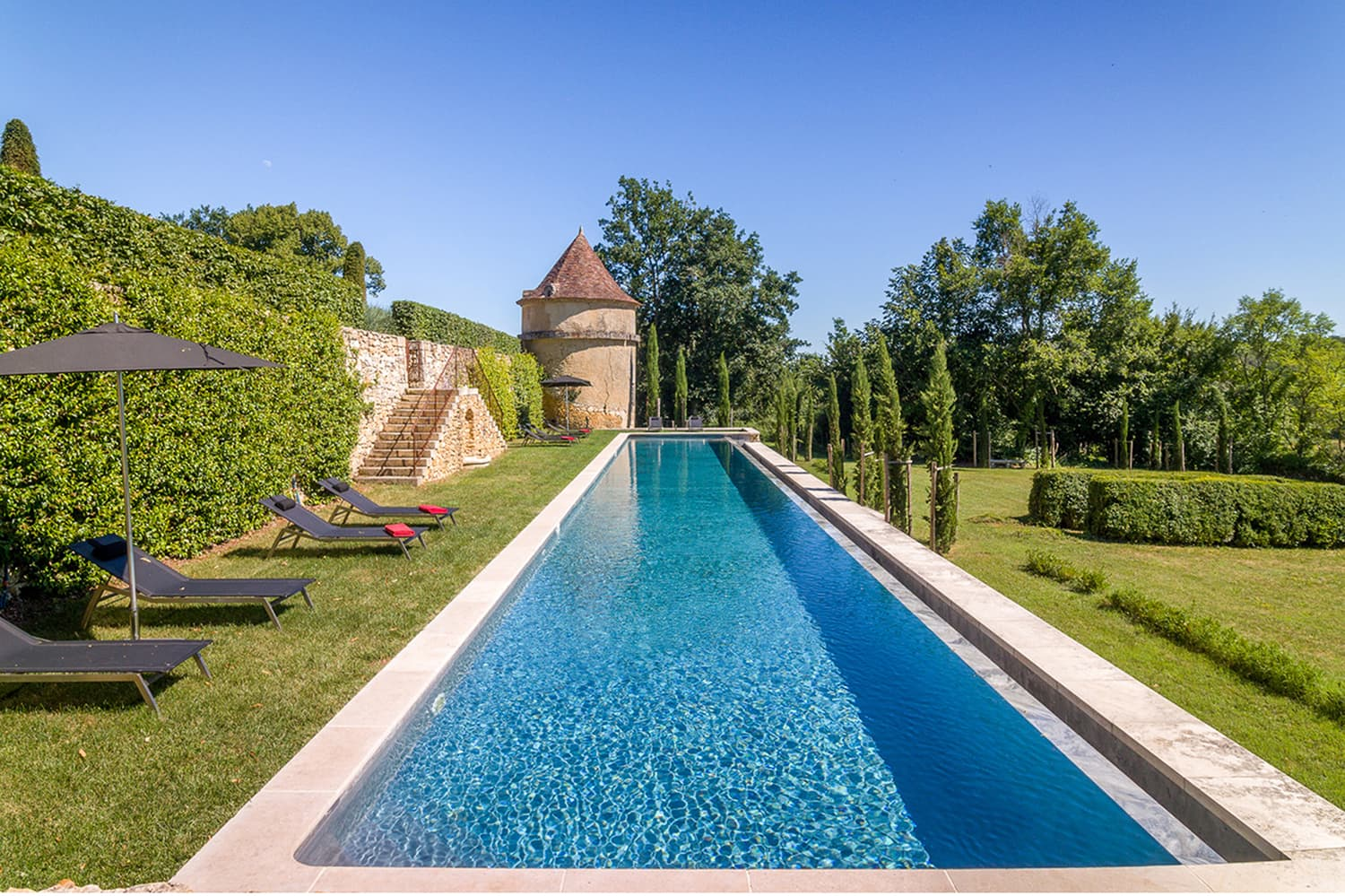 Holiday home with private swimming pool in France