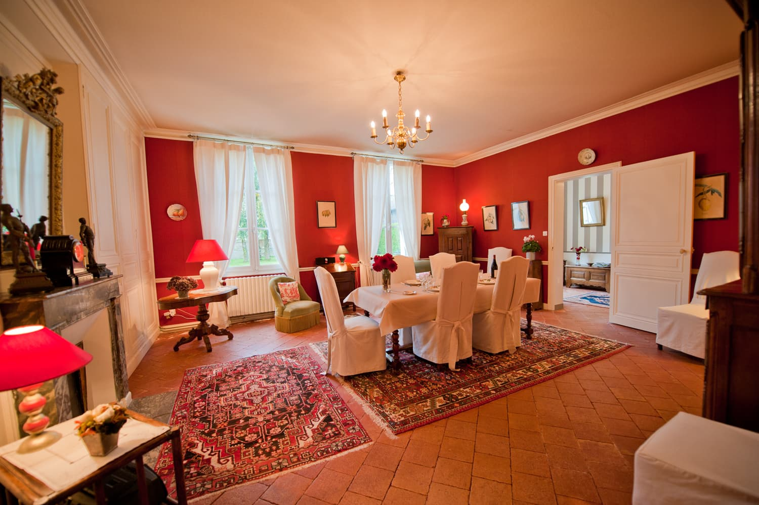 Dining room in Loire self-catering accommodation