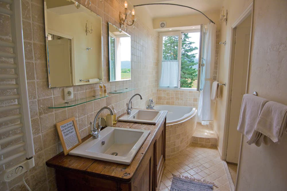 Bathroom in Provence rental home