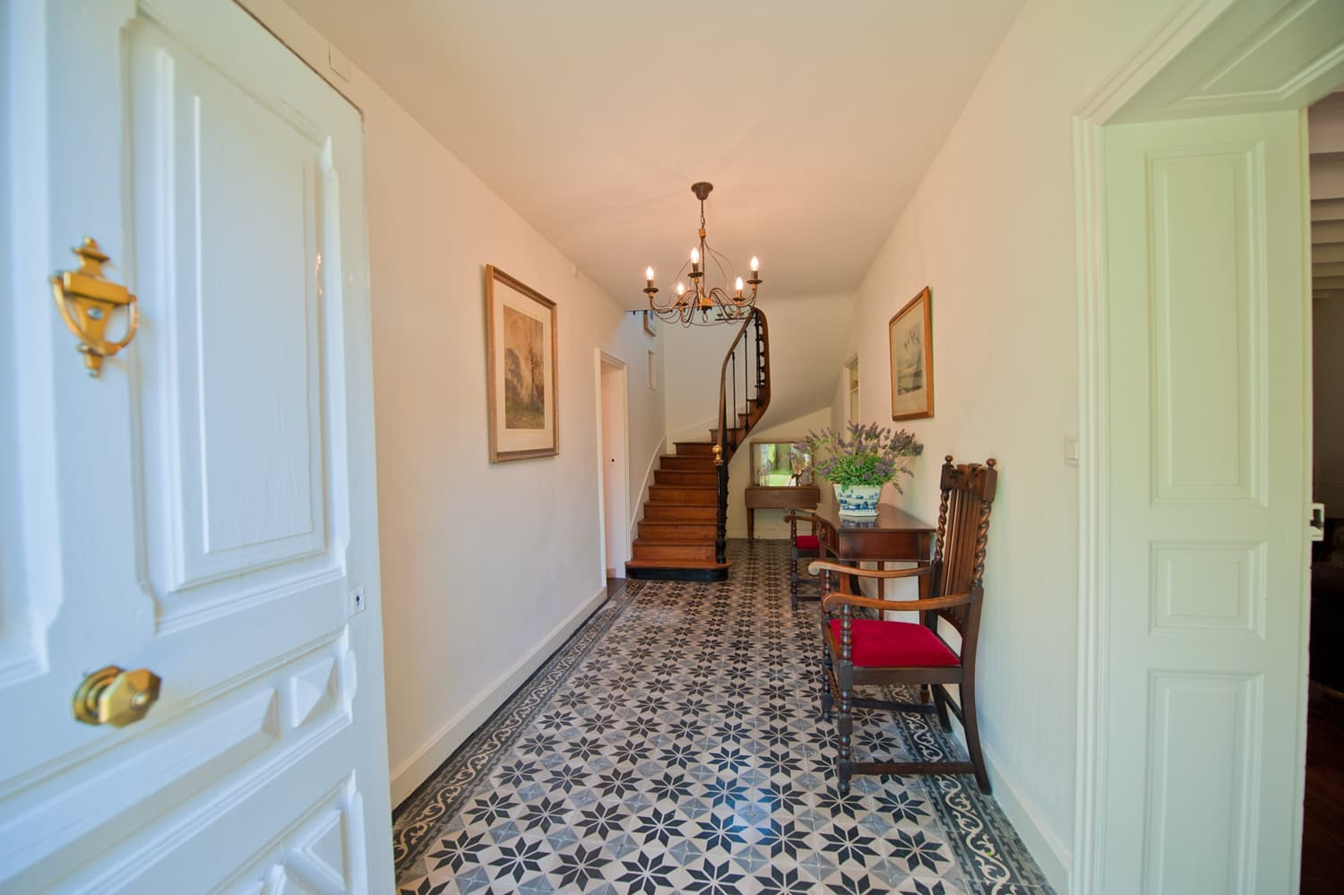 Entrance hallway in West France rental accommodation