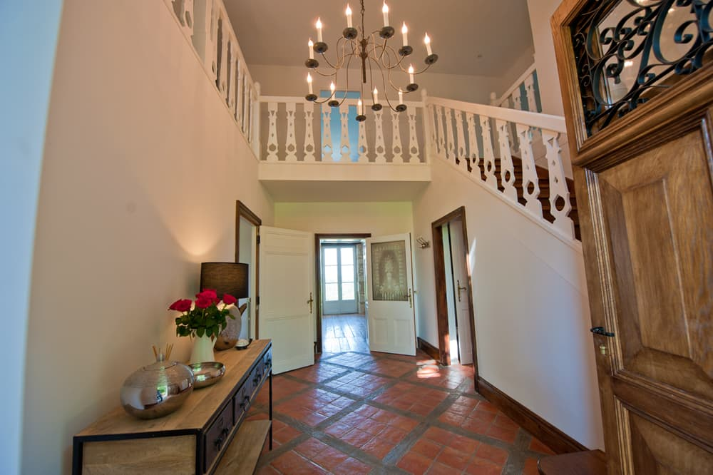 Entrance hall in Dordogne rental home