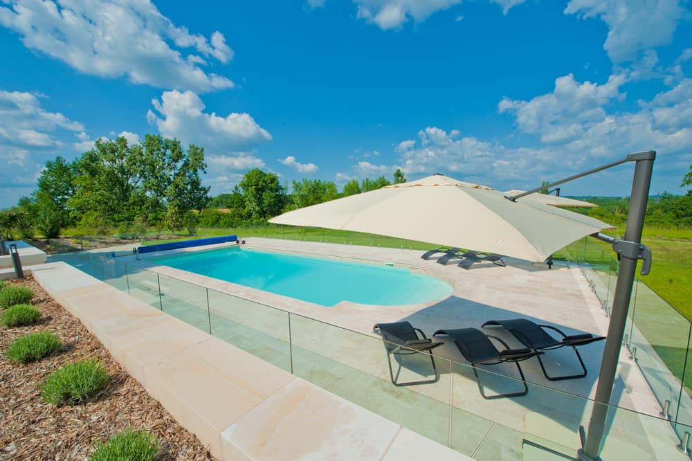 Private, heated pool in Dordogne