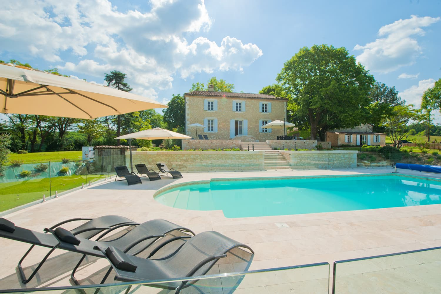 Dordogne rental home with private, heated pool in Dordogne