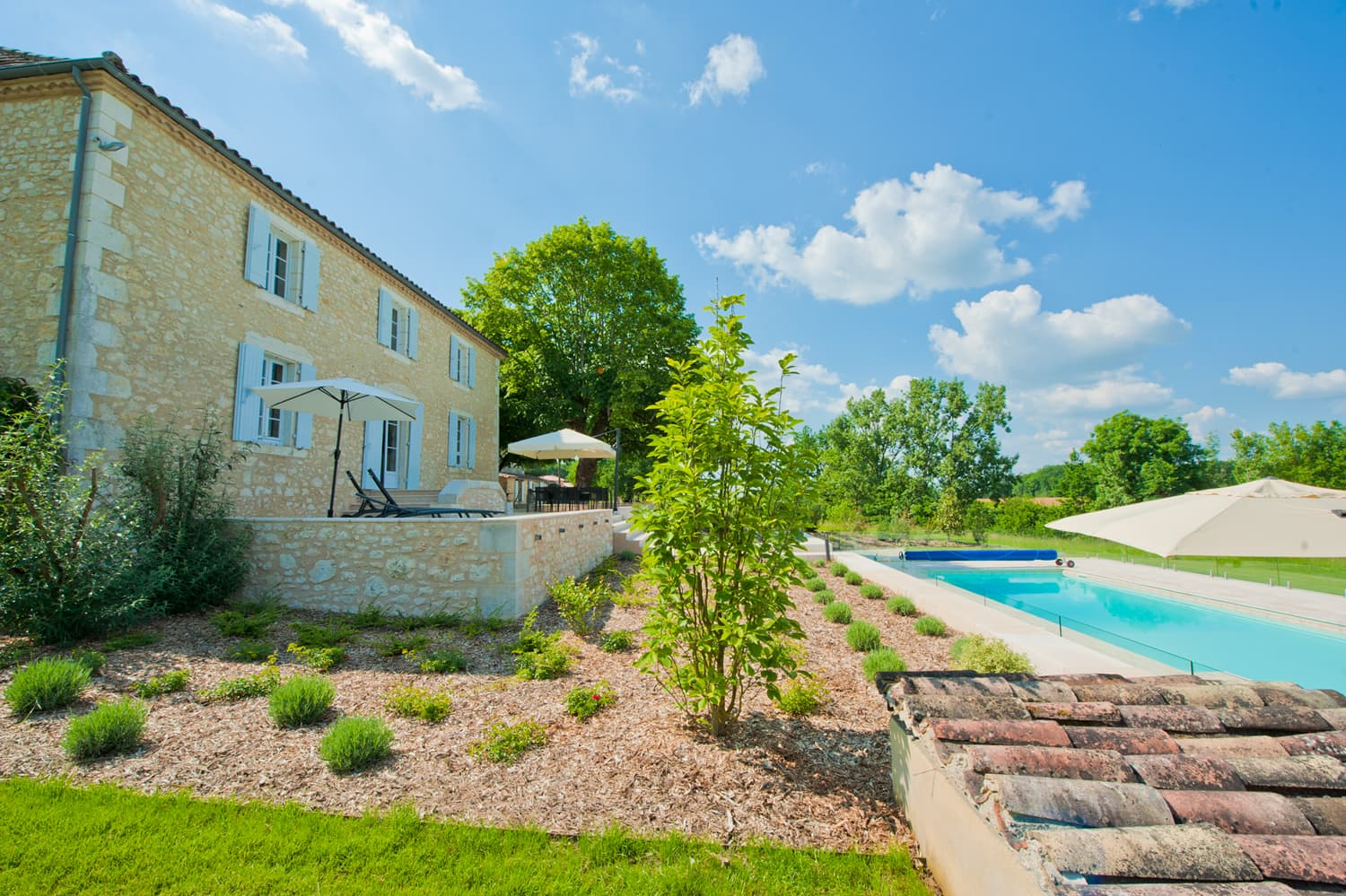 Dordogne rental home with private, heated pool