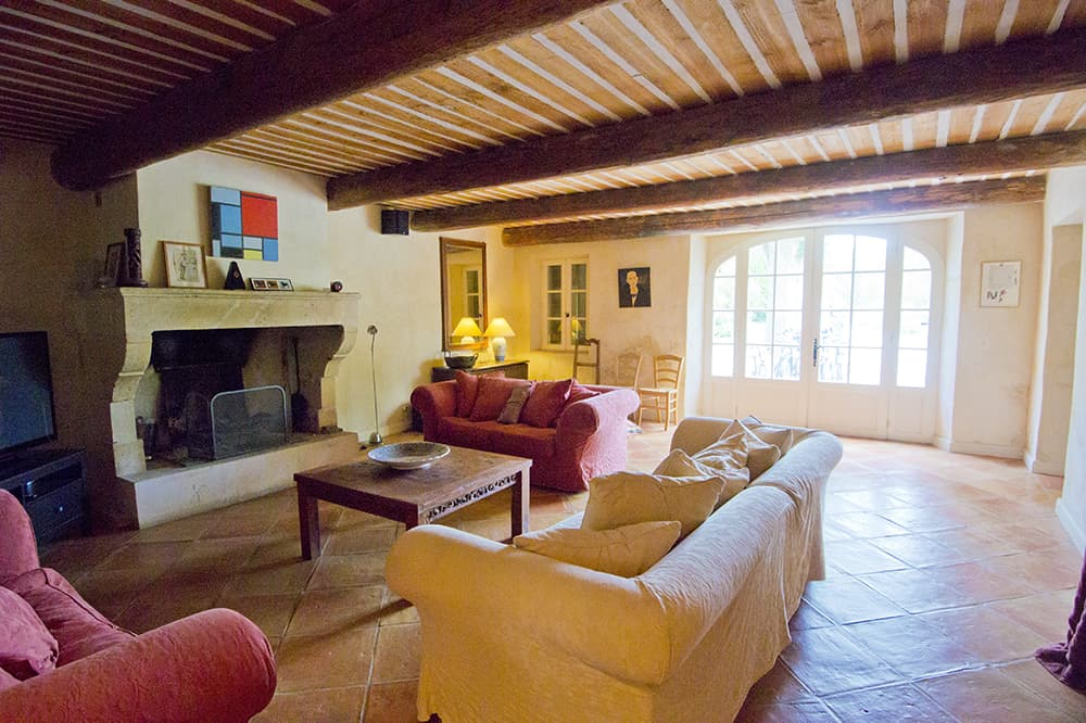 Living room in Provence rental home