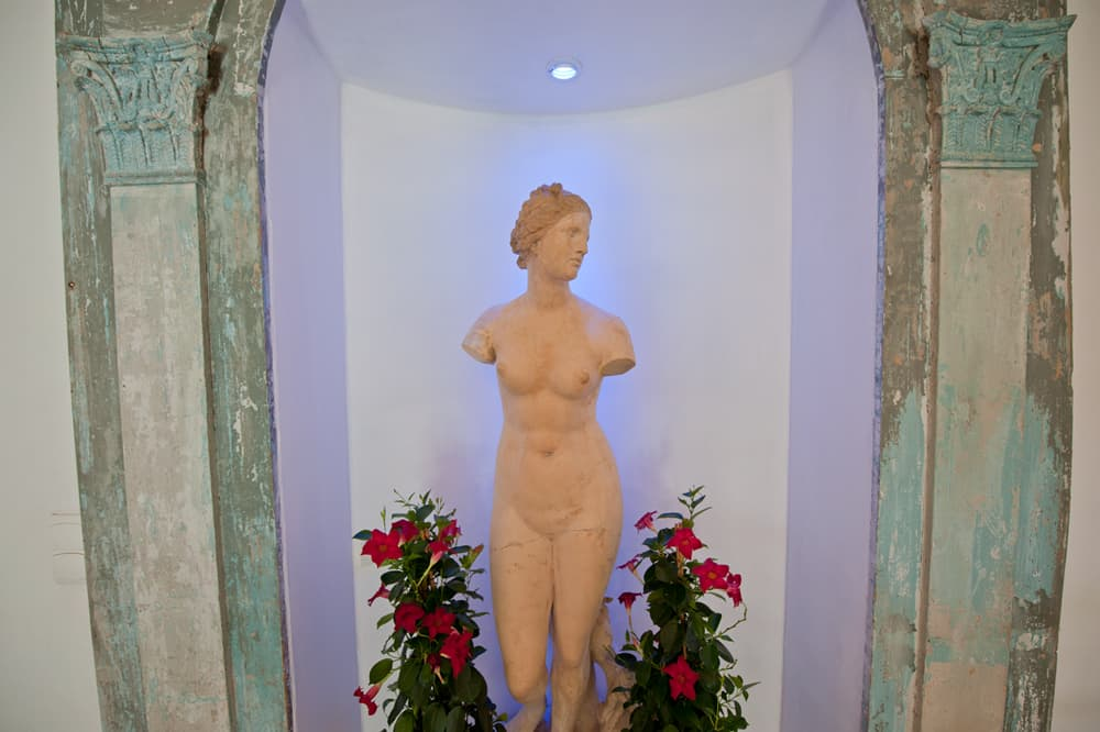 Statue in hallway in South West France holiday home