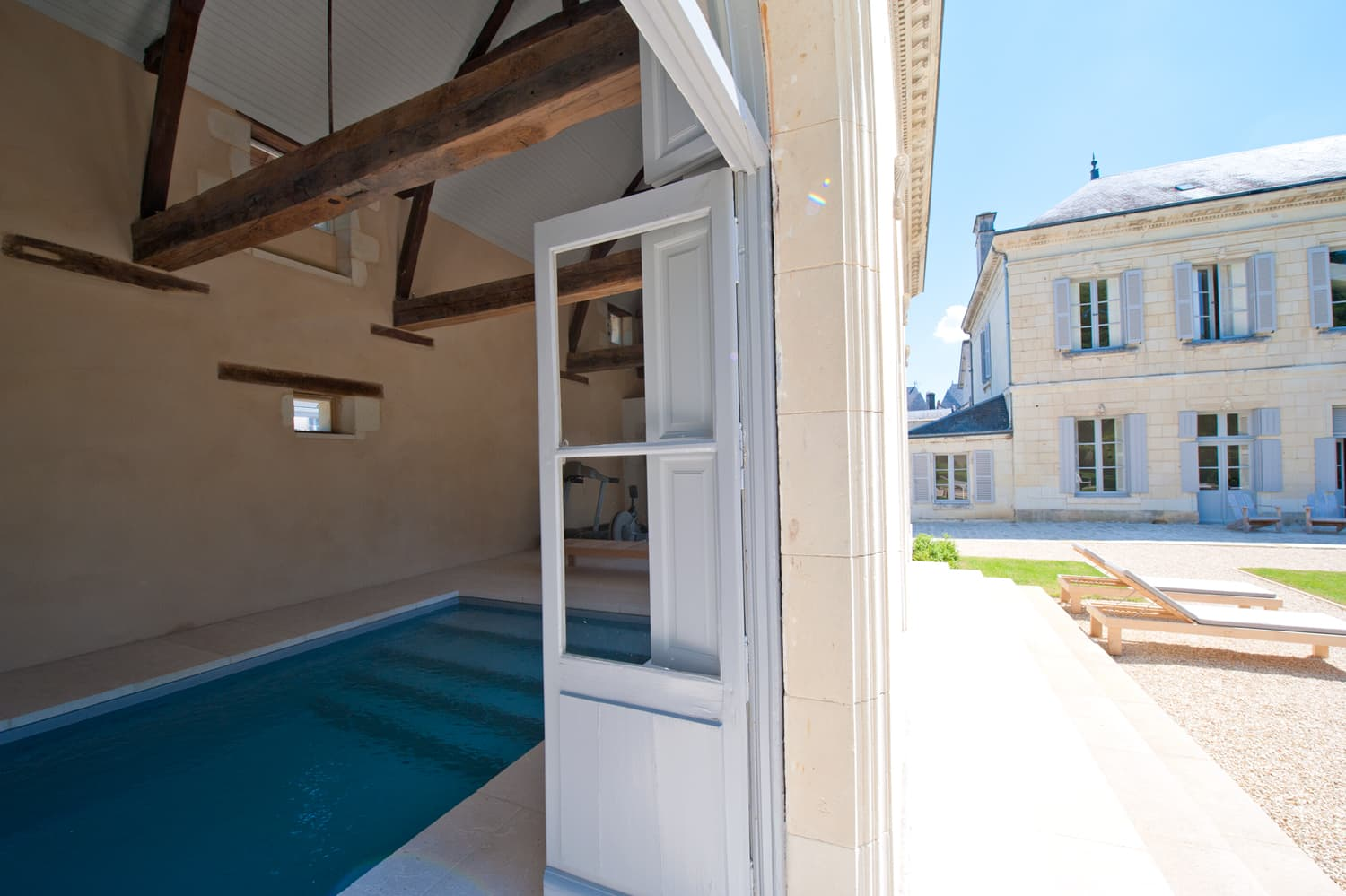 Pool-house with private, heated pool