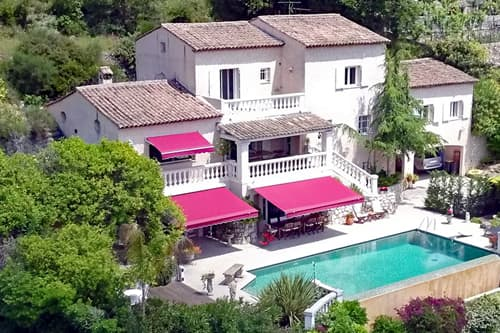 Rental apartment in Provence with private, heated pool