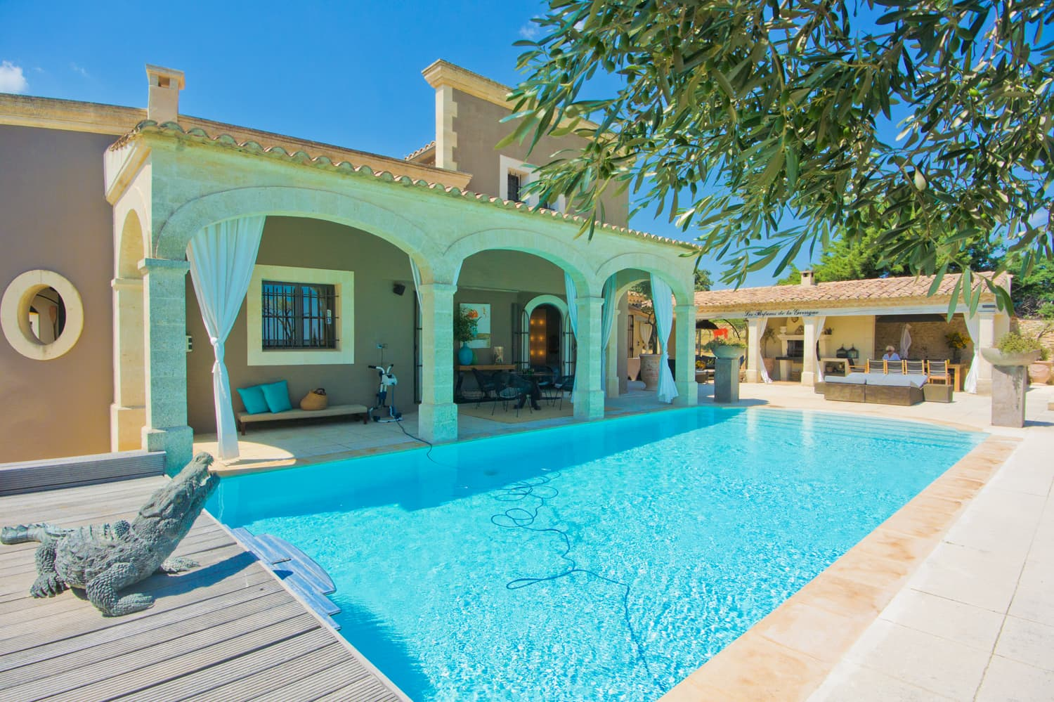 Holiday villa in Occitanie with private pool