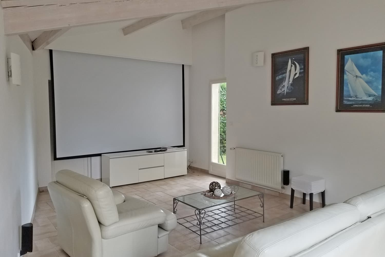 Home cinema in Provence holiday home