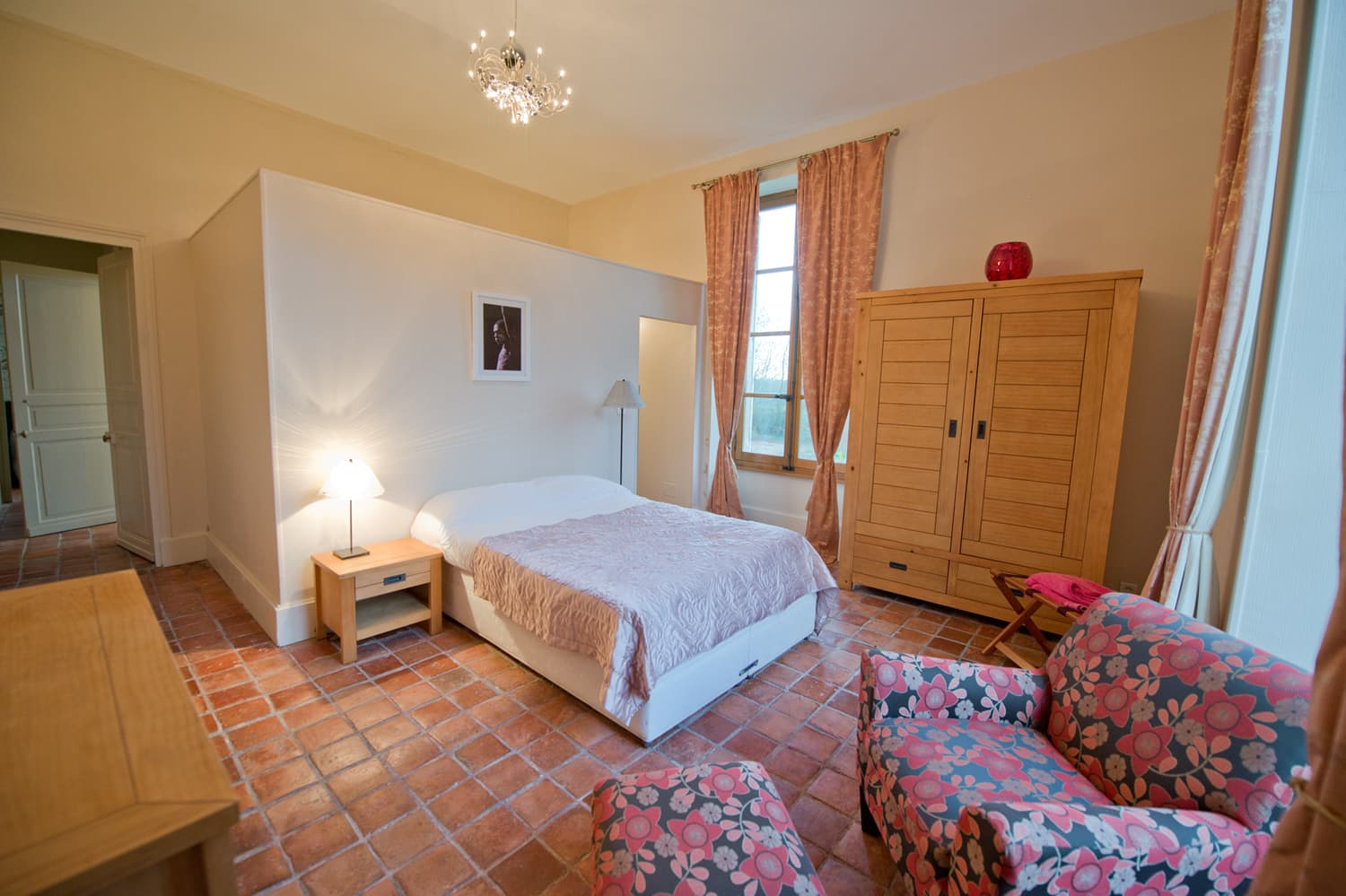 Bedroom in Loire rental château