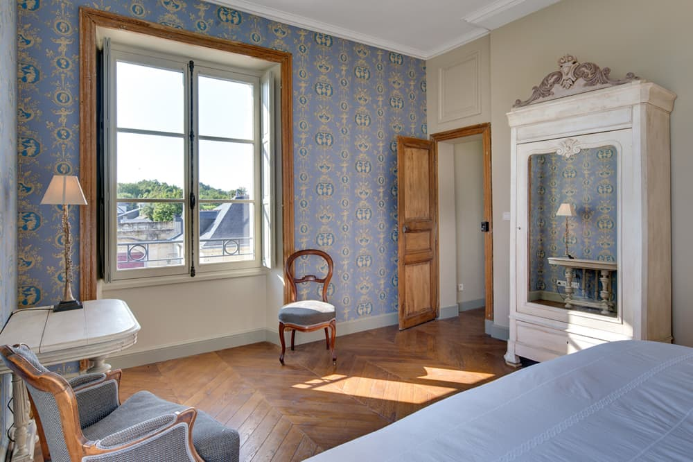 Bedroom in Loire holiday château