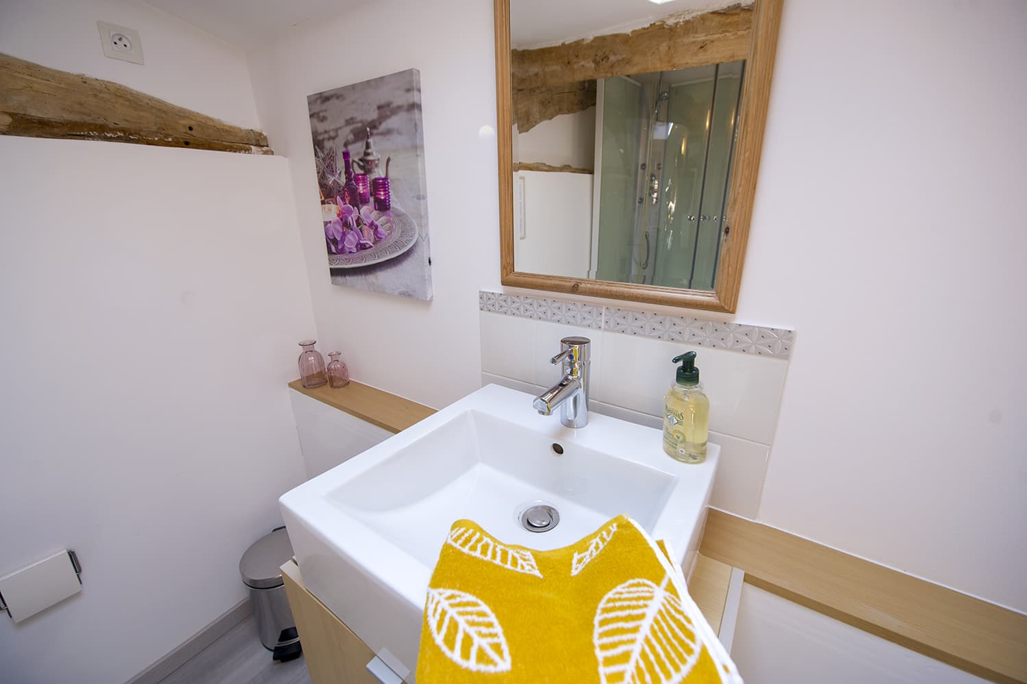 Bathroom in Lauraguel holiday home