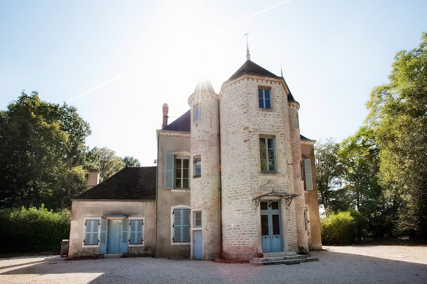 Holiday rental château in Burgundy