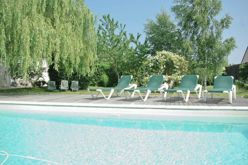 Private heated pool near Bourgueil, Centre-Val de Loire