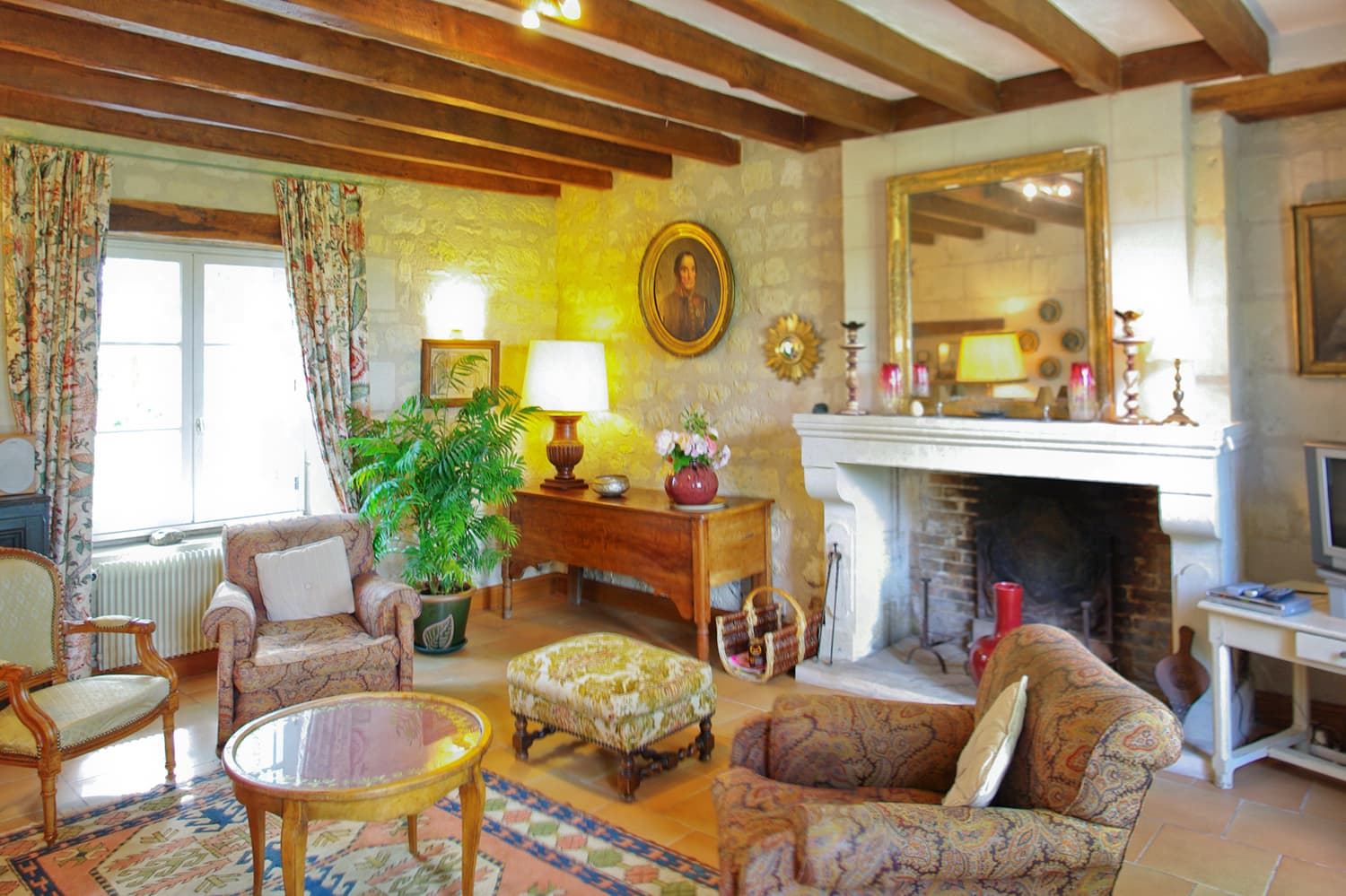 Living room in Loire holiday home