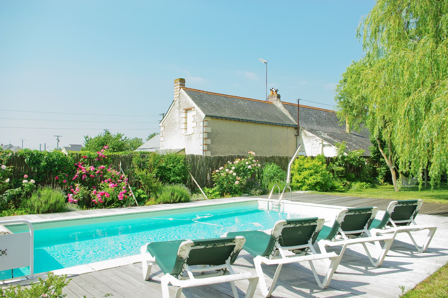 Private, heated pool near Bourgueil, Centre-Val de Loire