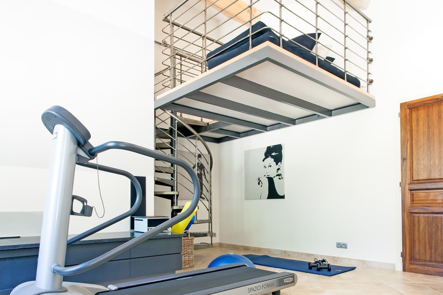 Gym in Provence holiday villa