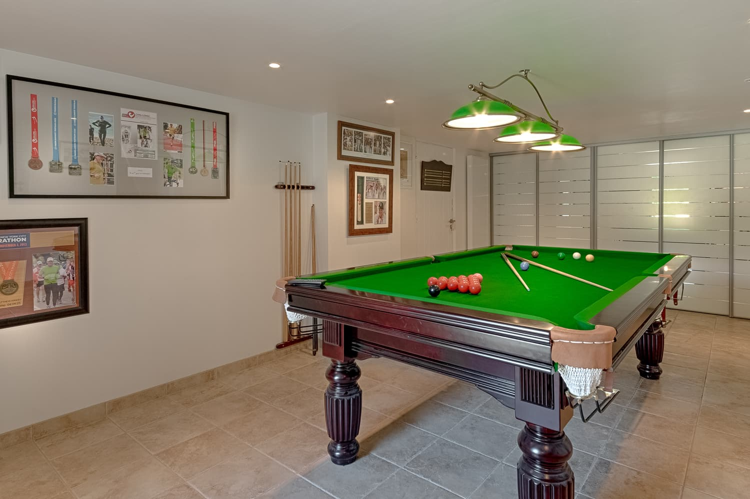 Snooker table in Provence holiday villa