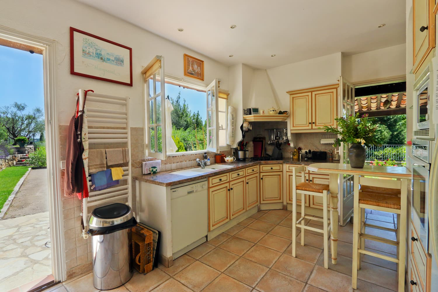 Kitchen in Provence holiday villa