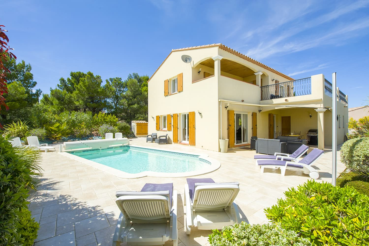Holiday villa in Fitou with private, heated pool
