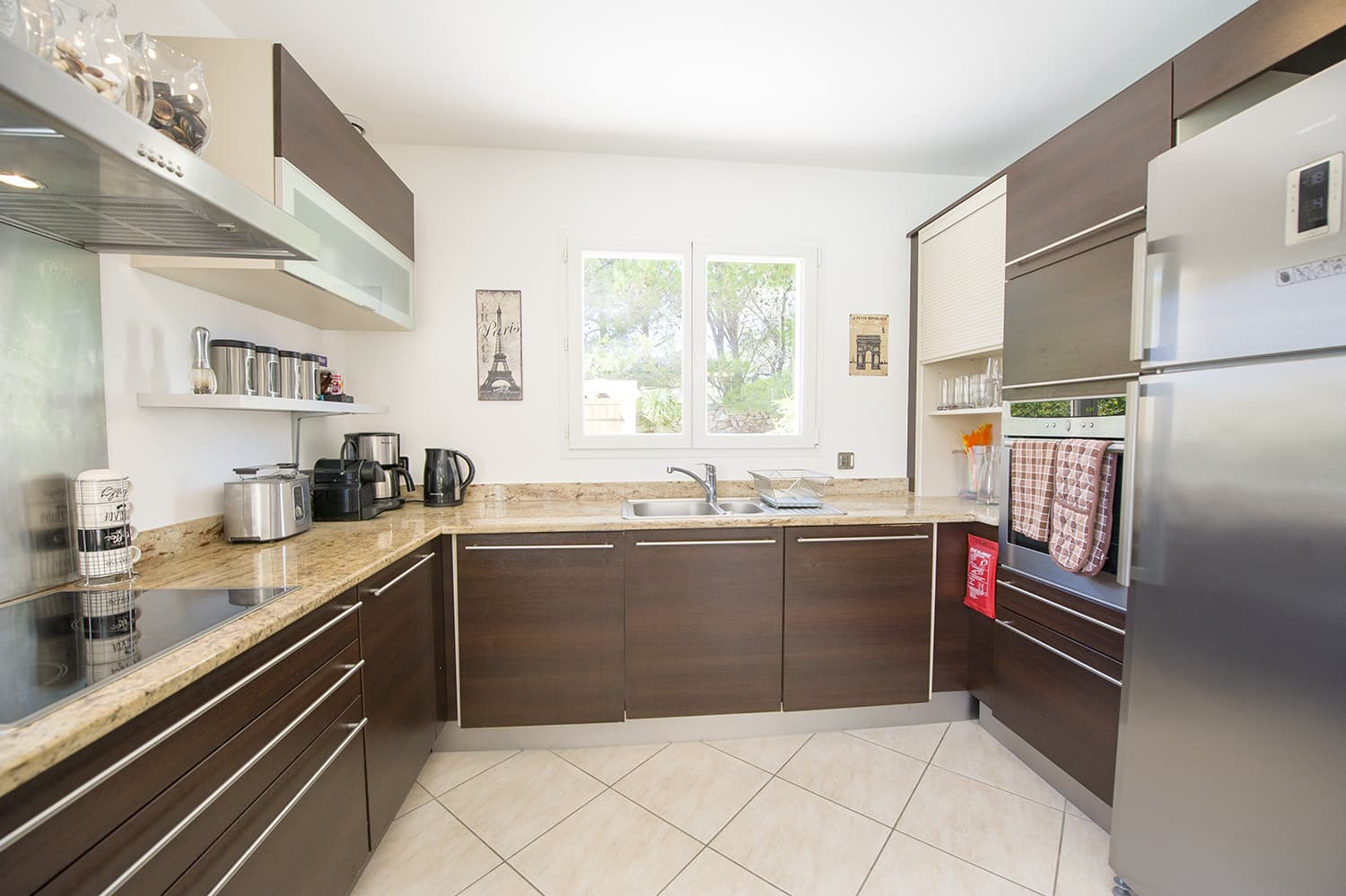 Kitchen in Fitou holiday villa