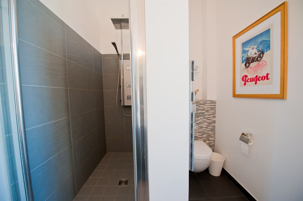 Bathroom in Languedoc rental home