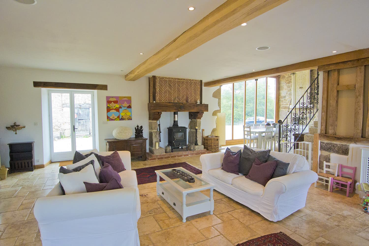 Living room in Nouvelle-Aquitaine holiday home