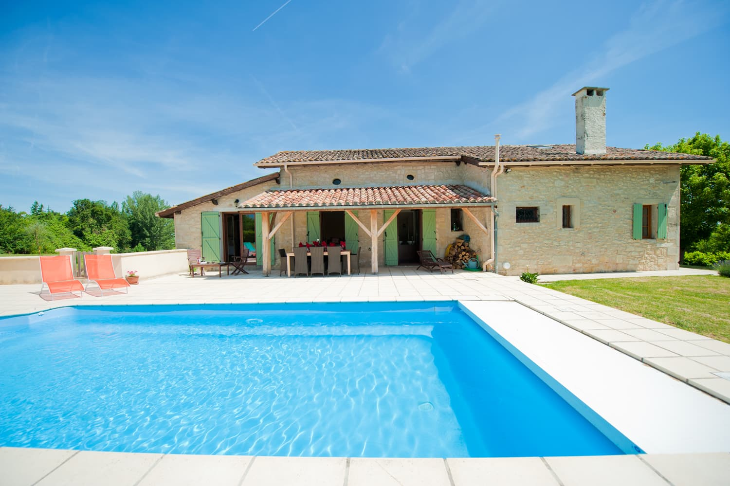 Rental home in Dordogne with private, heated pool