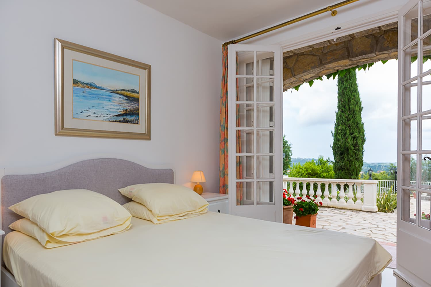 Bedroom in Provence-Alpes-Côte d'Azur holiday villa