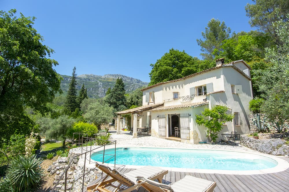 Holiday home in Tourrettes-sur-Loup with private pool