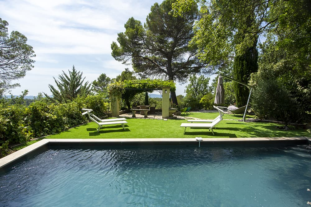Private pool with garden