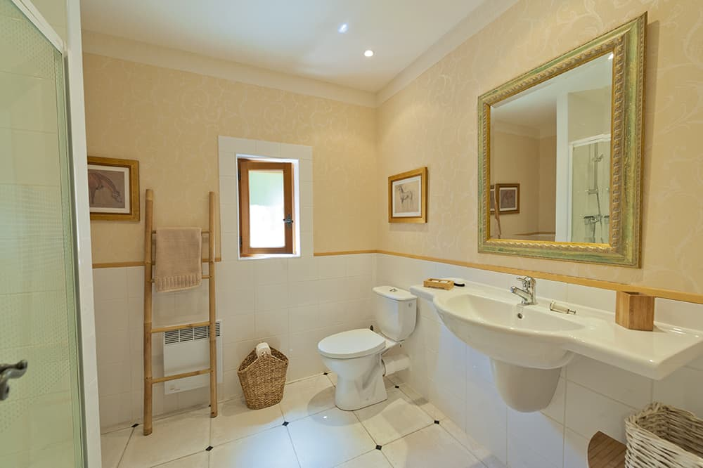 Bathroom in Languedoc holiday home