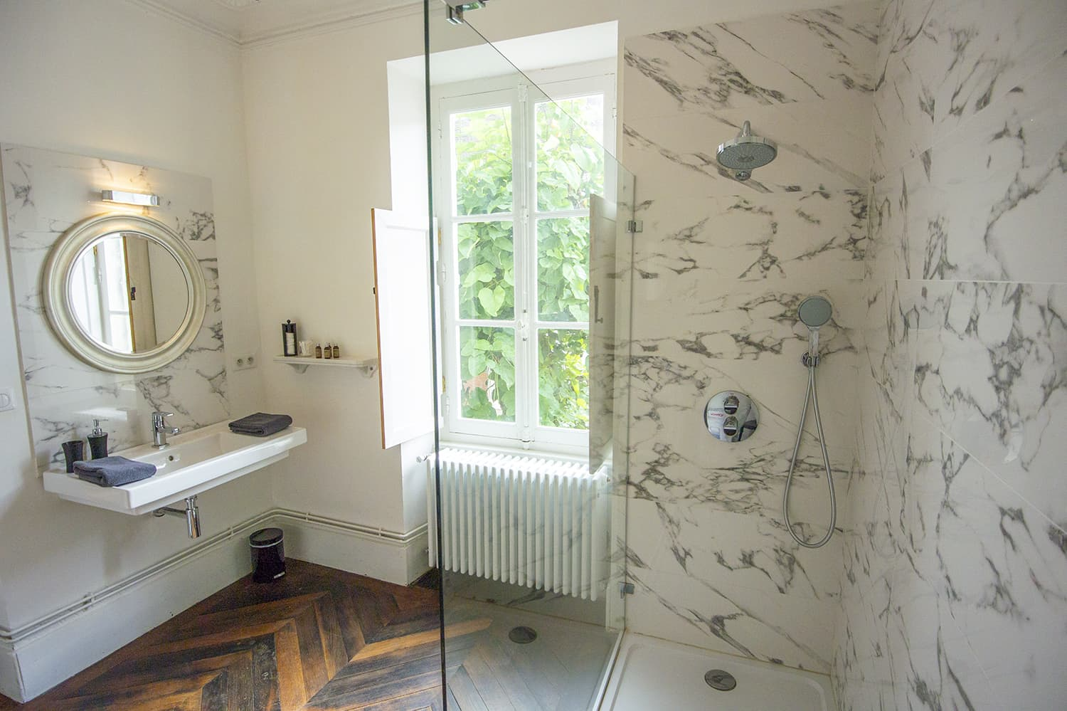 Bathroom in Bourgogne-Franche-Comté self-catering accommodation