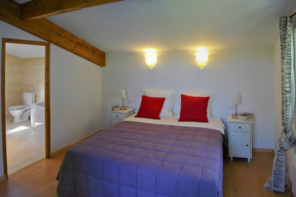 Bedroom in Languedoc holiday villa