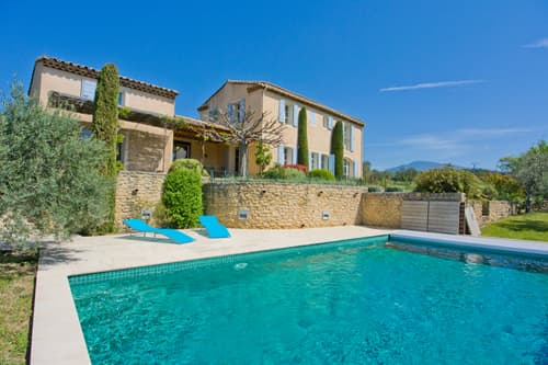 Holiday home in Provence with private pool