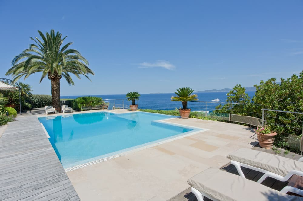Private, heated pool in Corsica with Mediterranean Sea views