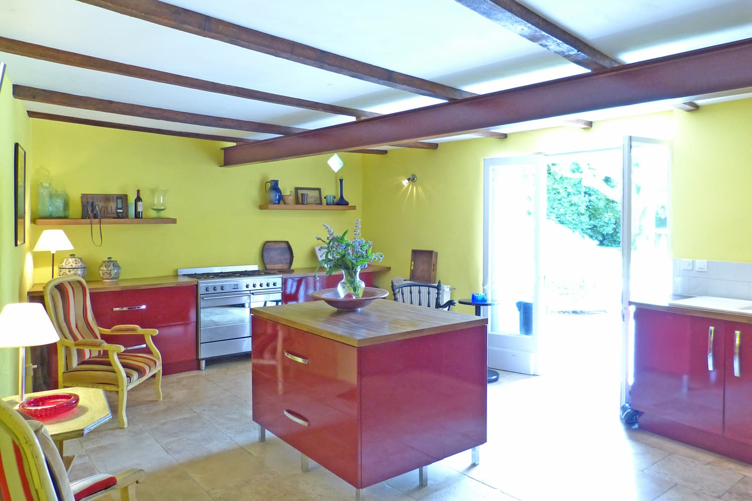 Kitchen in Provence holiday accommodation
