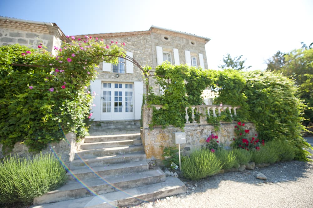 Home accommodation in South West France