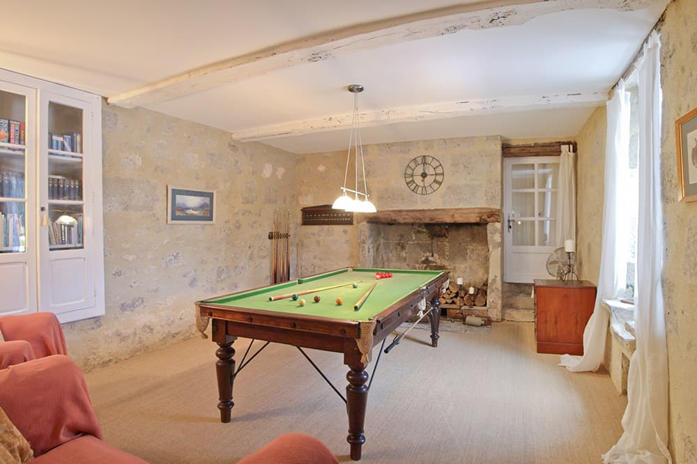 Snooker room in South West France holiday accommodation