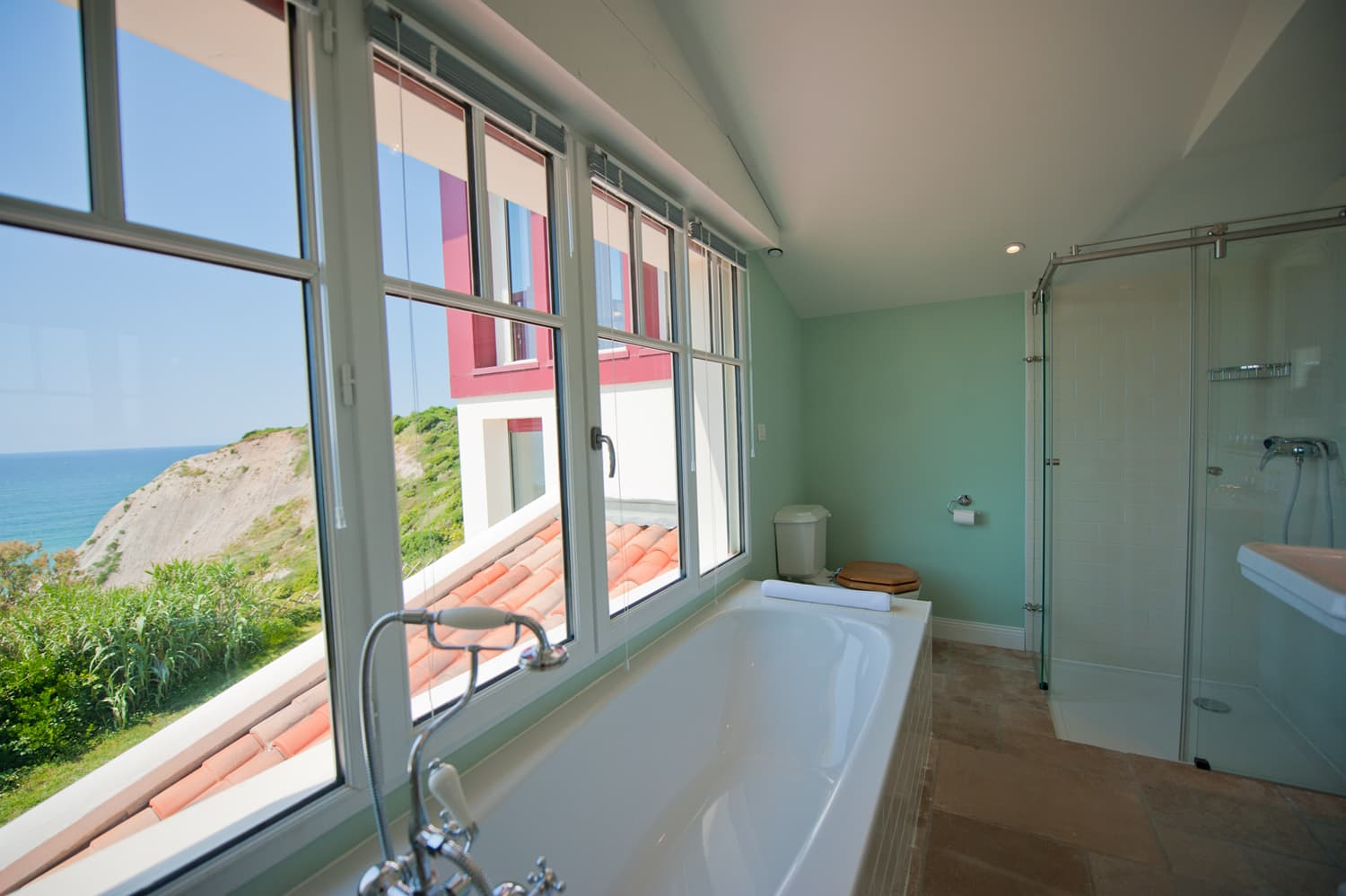 Bathroom in Biarritz holiday villa