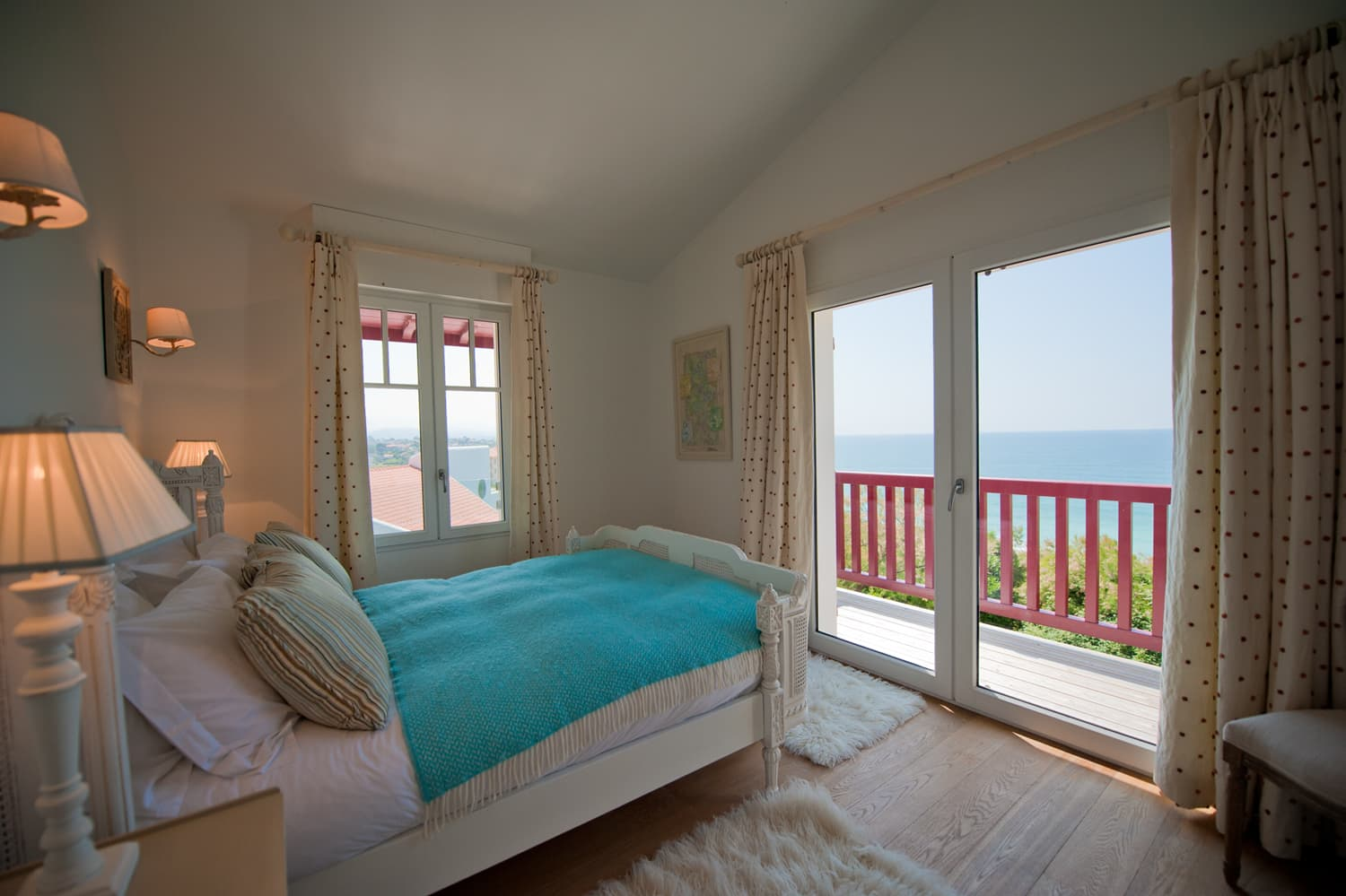 Bedroom in Biarritz holiday villa