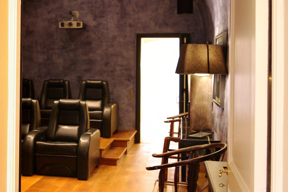 Cinema in Provence rental home