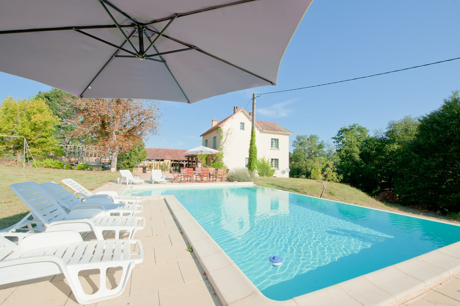 Holiday accommodation in Dordogne with private pool