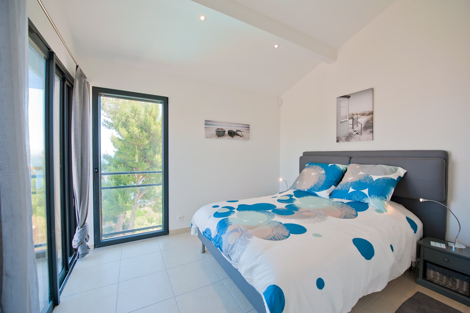 Bedroom in Collioure holiday villa