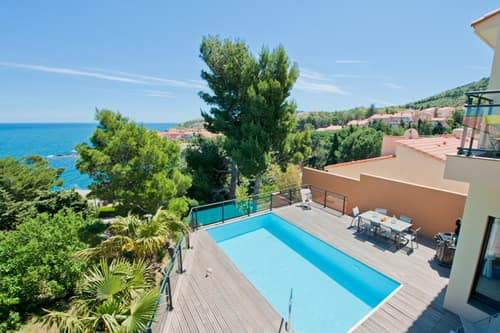 Collioure holiday villa with private pool and Mediterranean Sea views