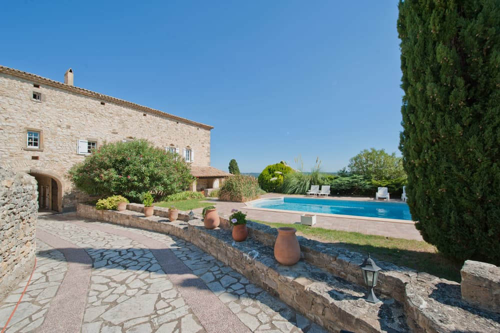 Holiday accommodation in Languedoc with private pool