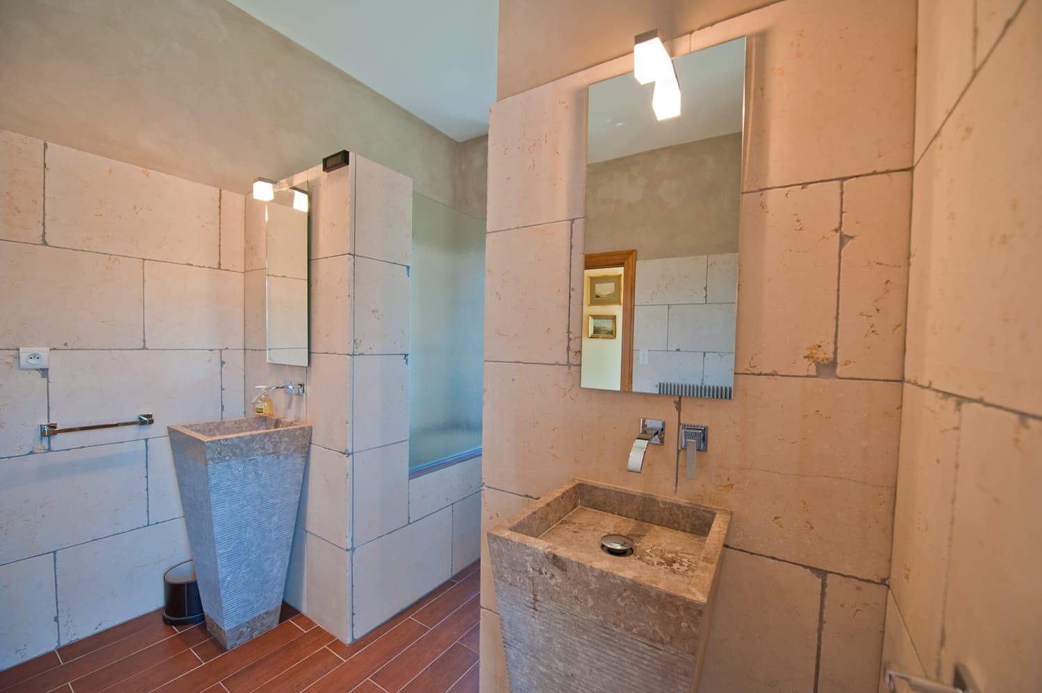 Bathroom in Languedoc holiday accommodation