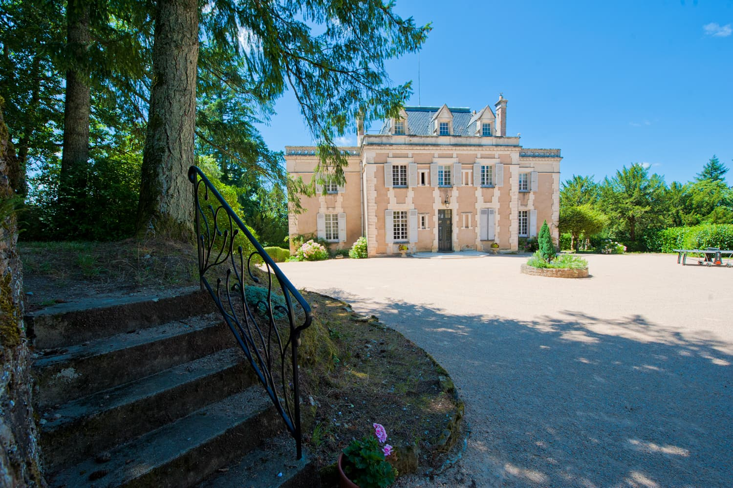Holiday château in Languedoc
