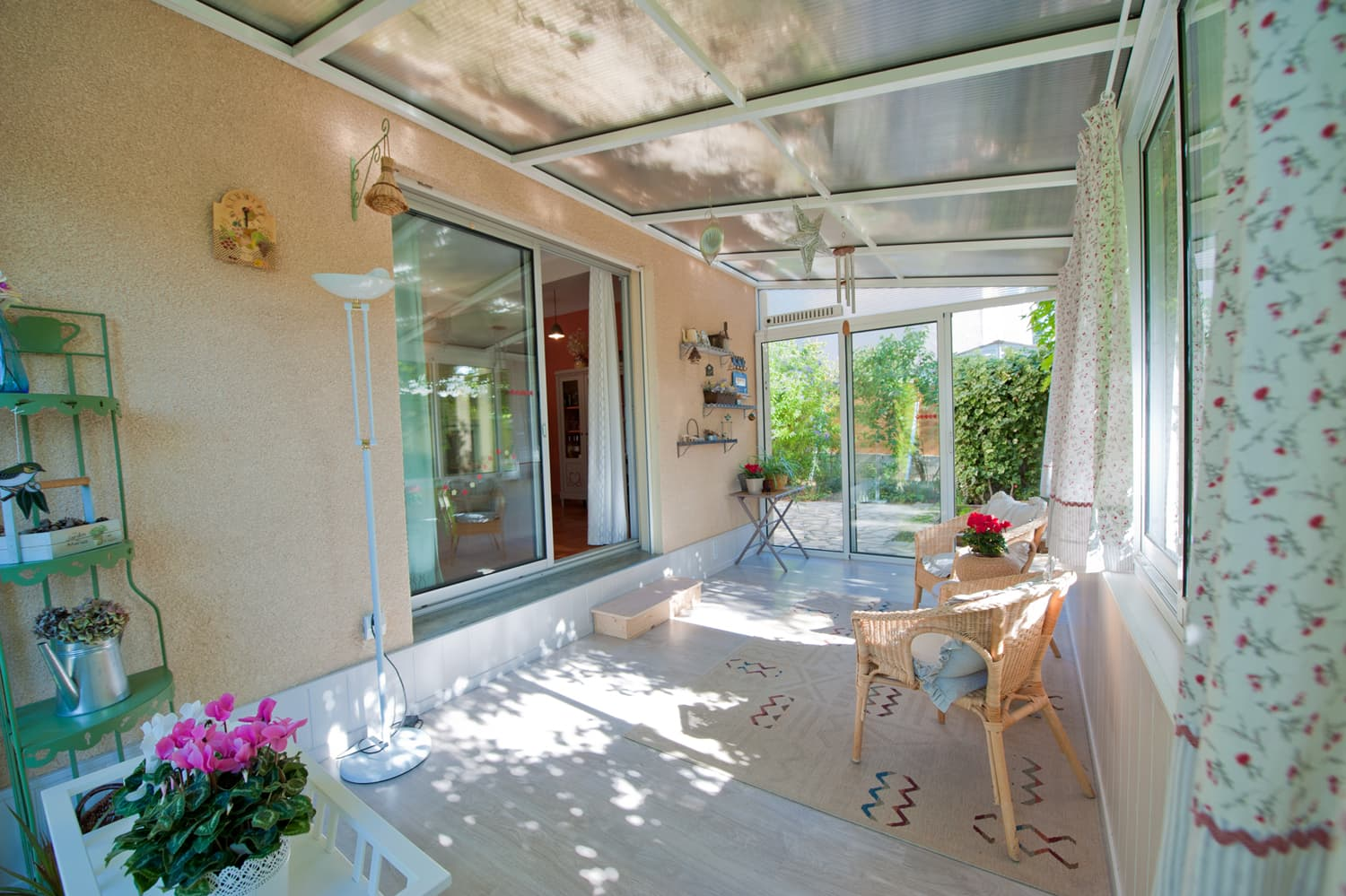 Conservatory in Languedoc holiday villa